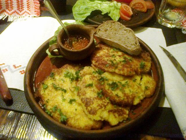 Драники в ресторане Камянiца в Минске
