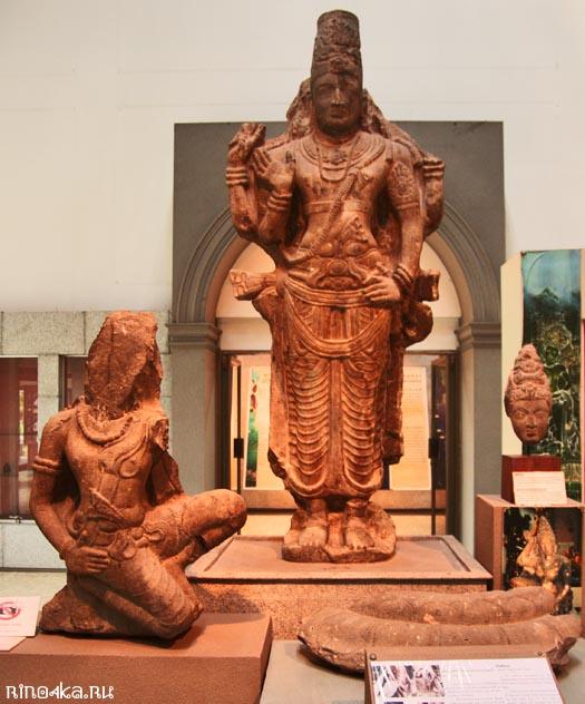 Статуя Вишну